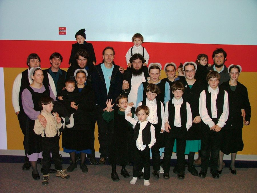 19 Amish in PA
