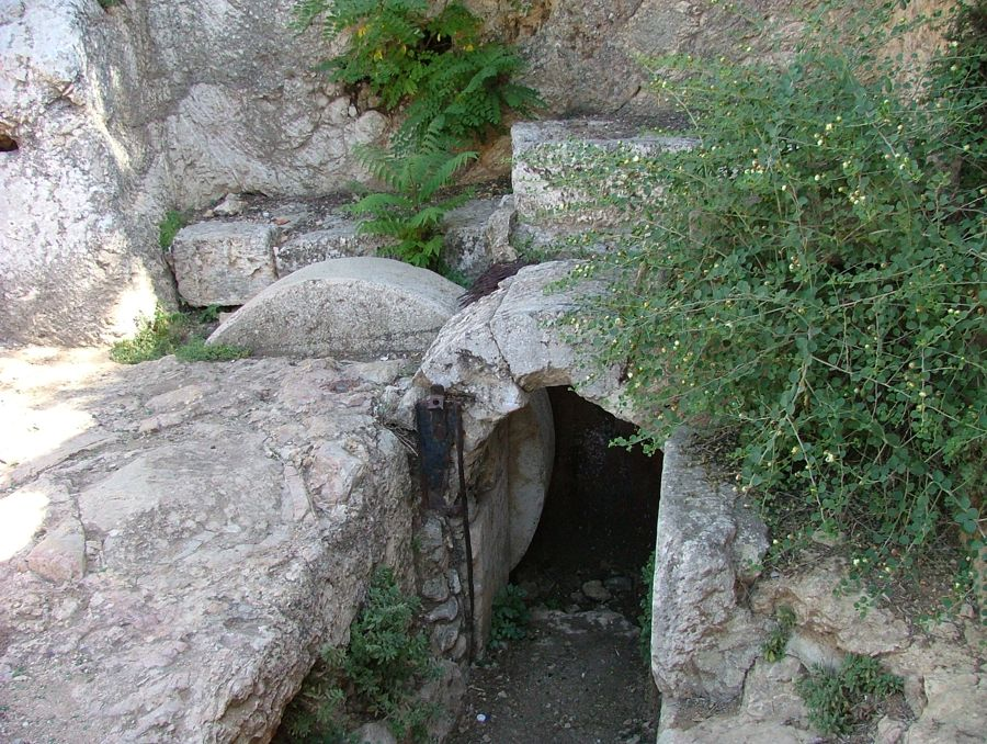This would be a very similar grave in which Yeshua was layed to rest.