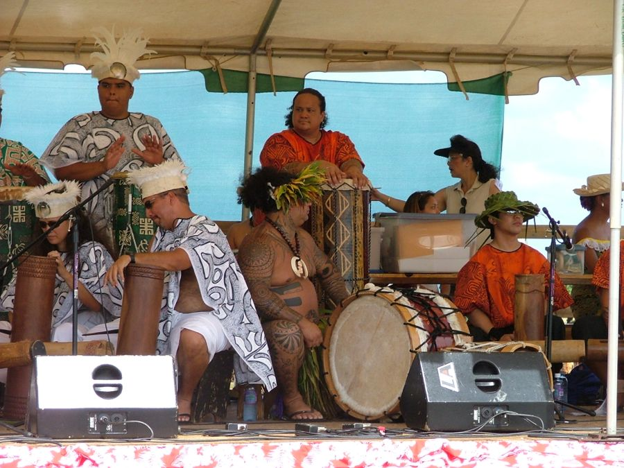 Tahitian drummers 3